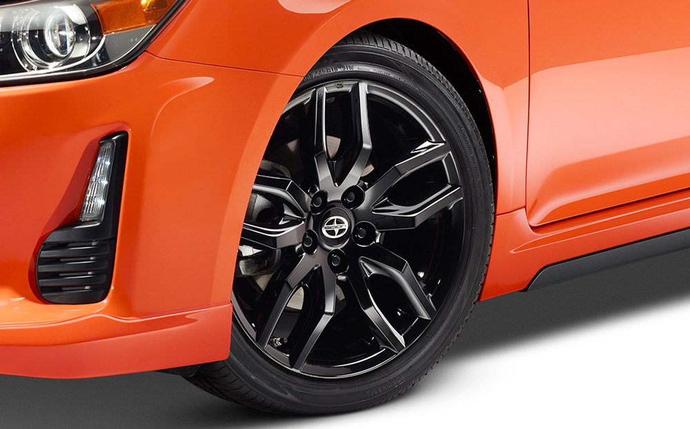 2015_Scion_tC_RS9_001d