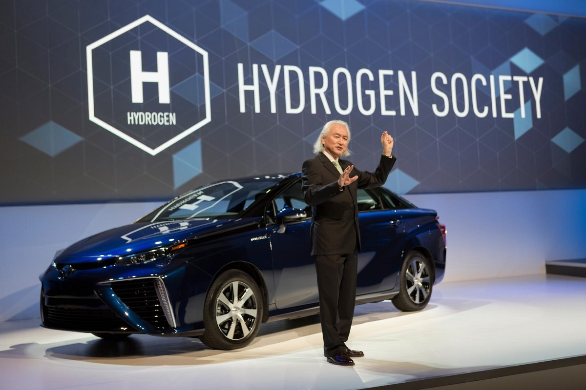 Pre Owned Tesla >> Toyota Does a Tesla And Opens Hydrogen Fuel Patents to ...
