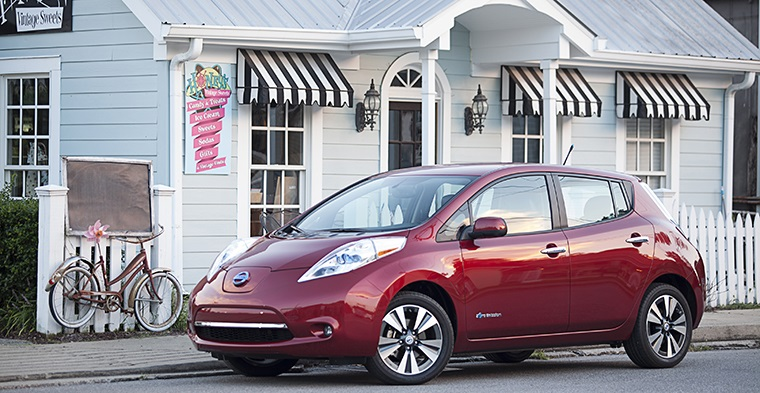 Nissan Leaf US EV sales leader