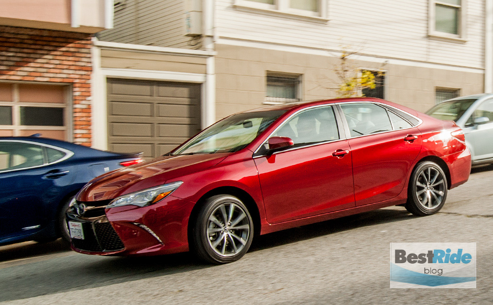 review 2015 toyota camry xse bestride. Black Bedroom Furniture Sets. Home Design Ideas