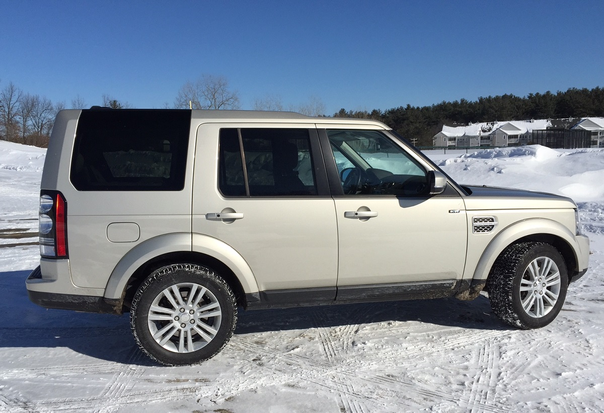 2014 Land Rover LR4 Profile