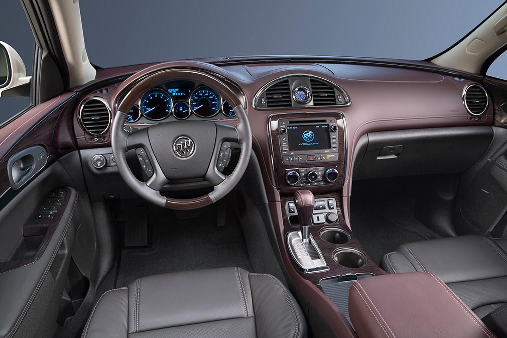 2015-Buick-Enlcave-018-(1)