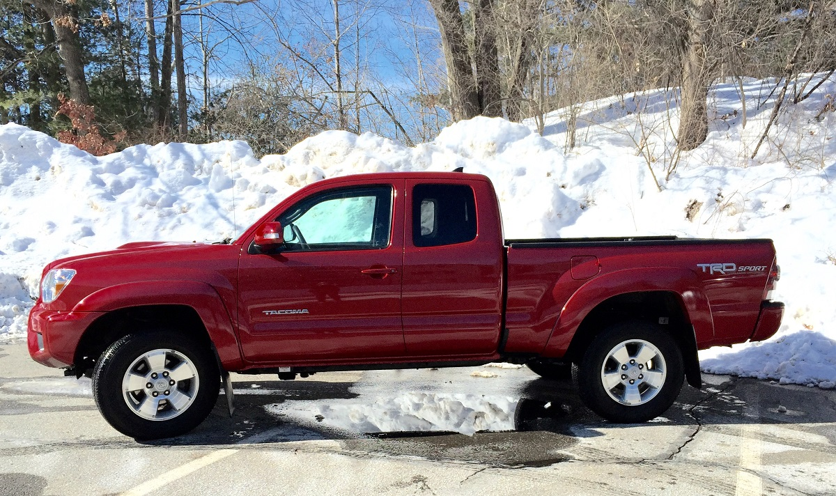 Review 2015 Toyota Tacoma Is Your Weekend Getaway Truck