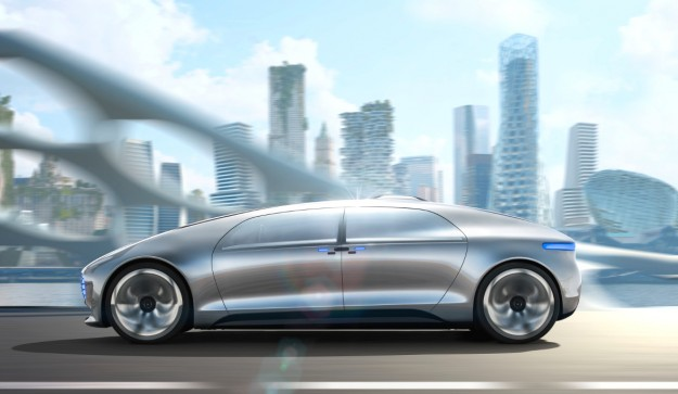 OPINION: If You Like Cars, The Verge's Video For the Mercedes-Benz F 015 Is a Glimpse Into Hell