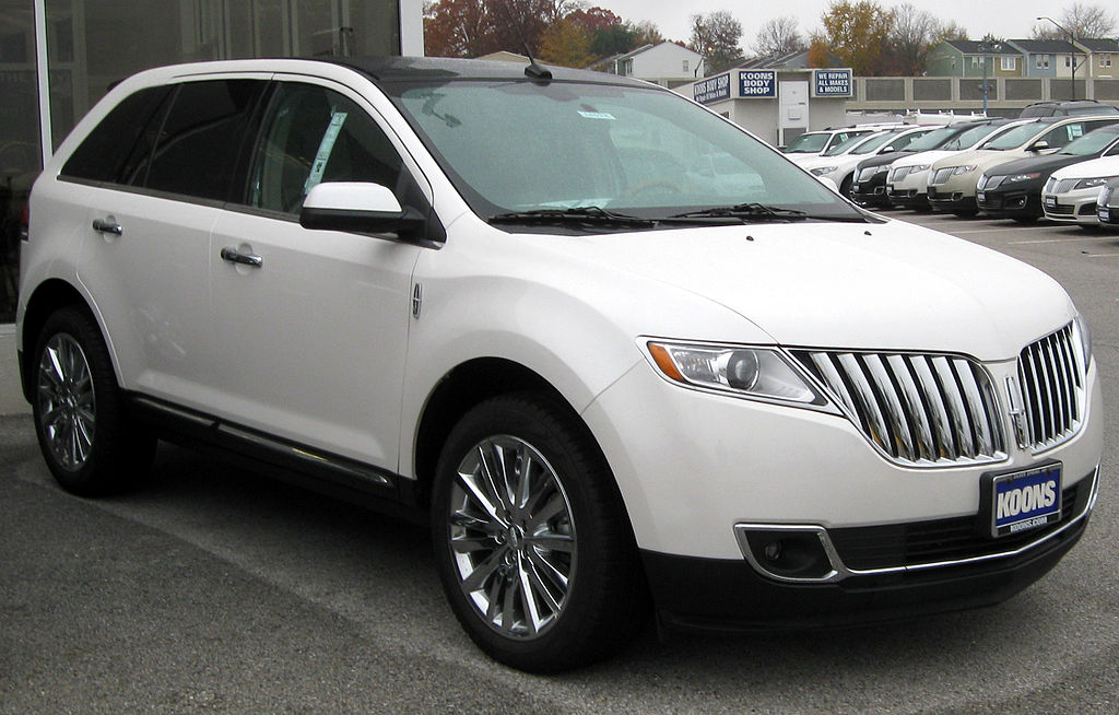 1024px-Lincoln_MKX_--_11-10-2011