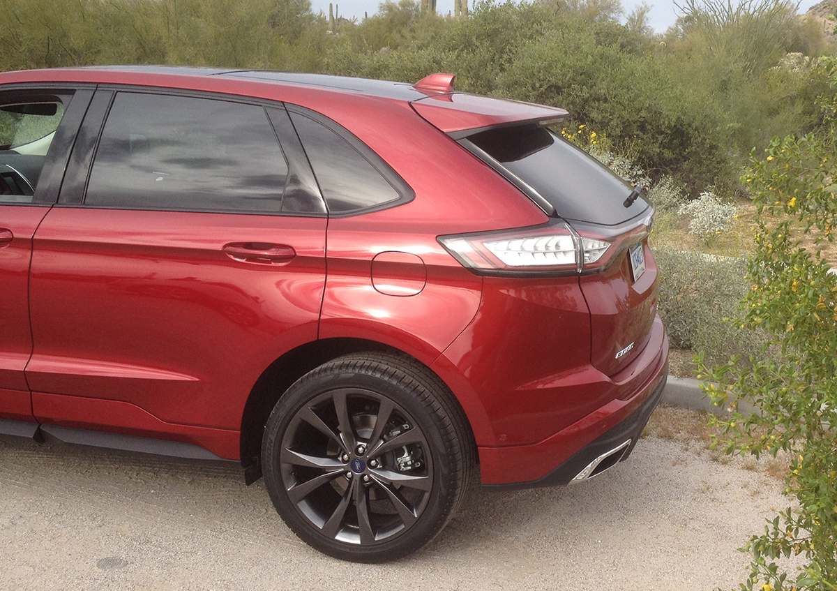 2015 Ford Edge rear spoilerBR
