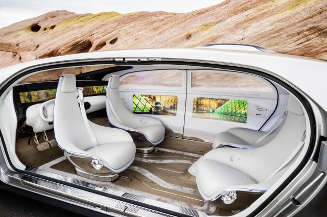 mercedes-benz-f015-luxury-in-motion-concept-2015-consumer-electronics-show_100495722_m