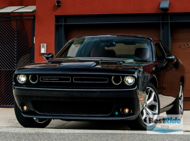 REVIEW: The 2015 Dodge Challenger SXT Plus Gets Respect