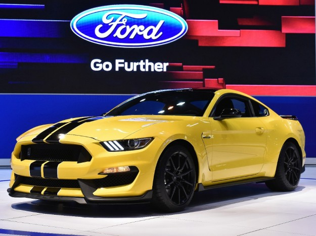 Ford Will Build Very Few 2015 Shelby GT350 and GT350R Coupes