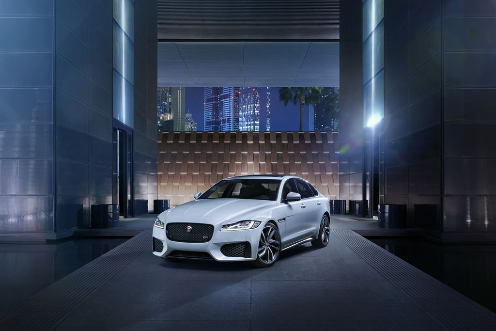 Jag_New_XF_S_Location_Image_010415_06_LowRes