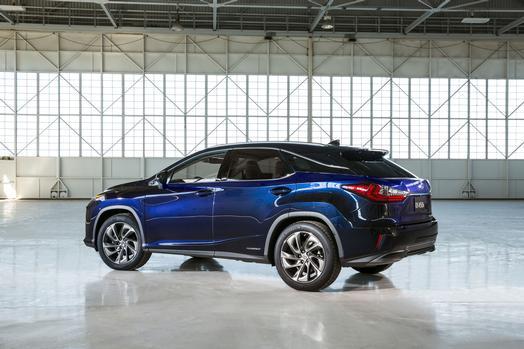 NYIAS_2016_Lexus_RX_450h_003_66763_42747_low