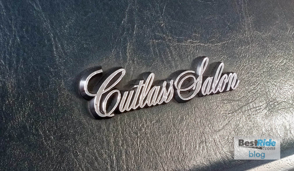 oldsmobile_cutlass_salon_1987_1-11