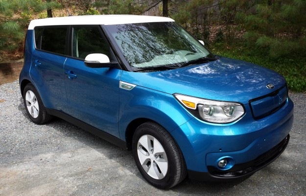 REVIEW: 2015 Kia Soul Electric's Appeal Goes Beyond its Green-Car Status