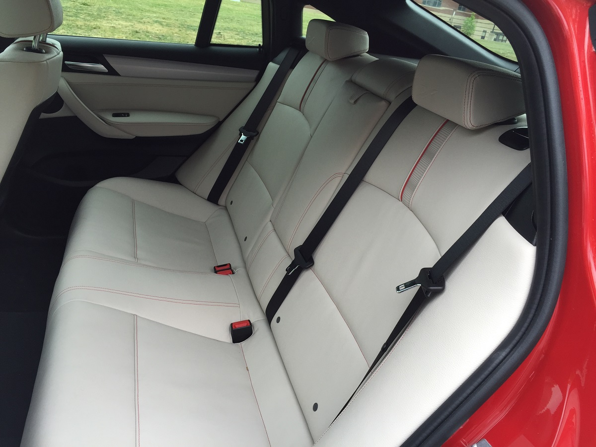 2015 BMW  X4 Rear Seating