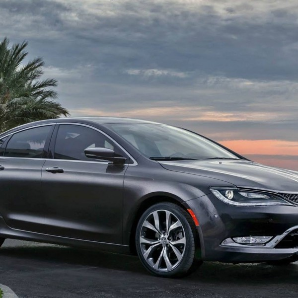 REVIEW: 2015 Chrysler 200S AWD