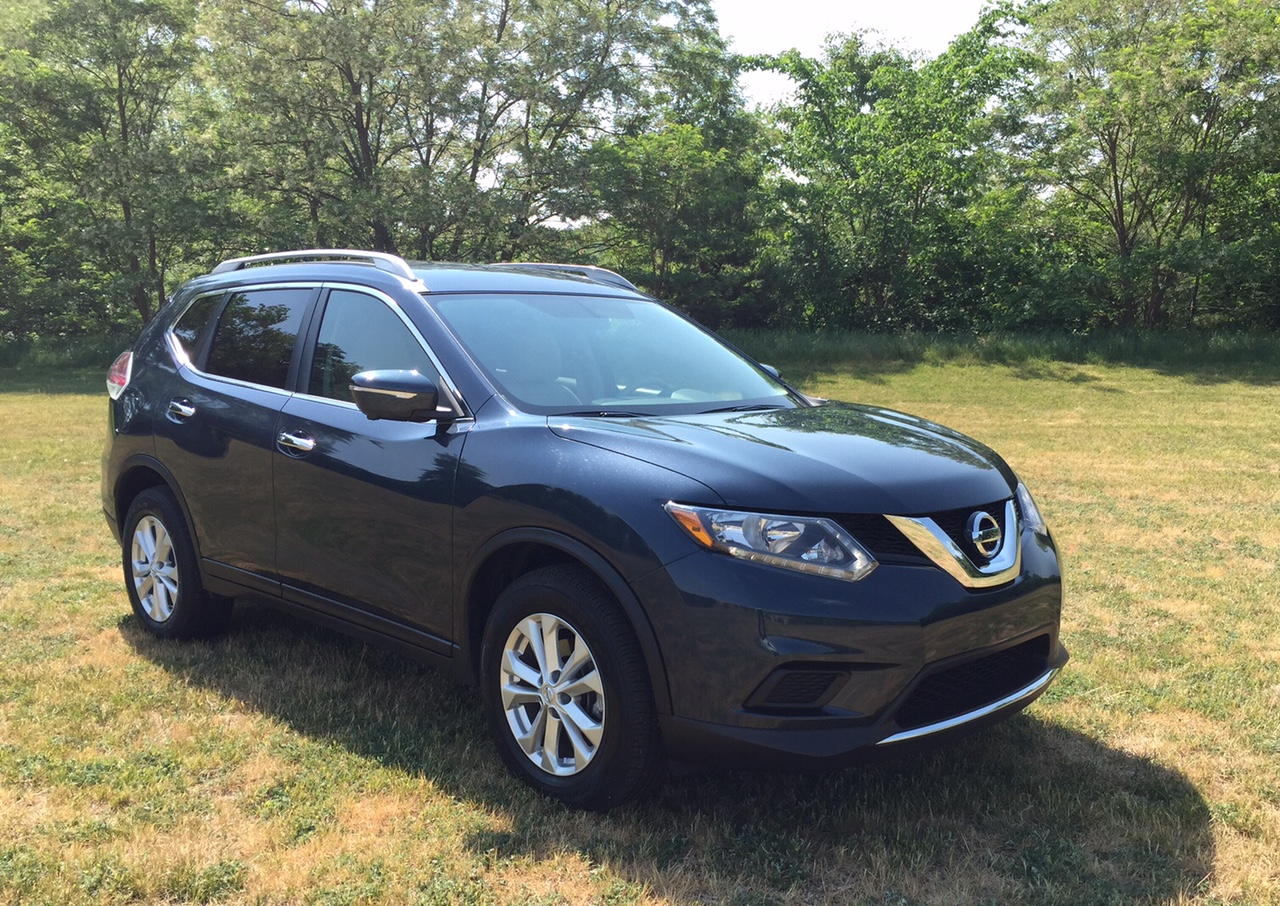 2015 Nissan Rogue Front