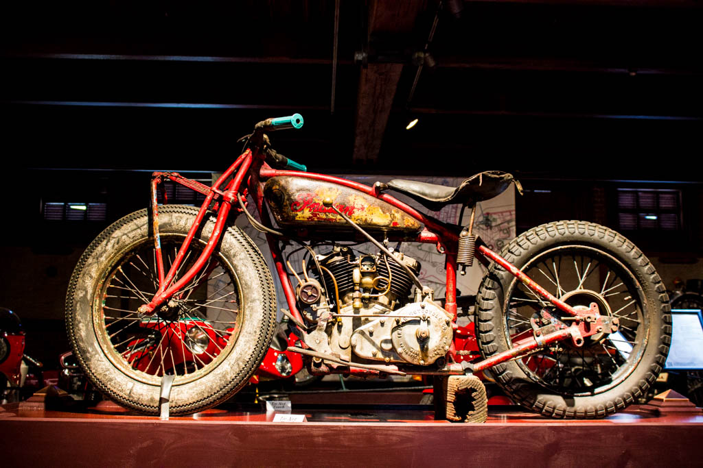 Dodge-hellcat-and-larz-anderson-motorcycles-27