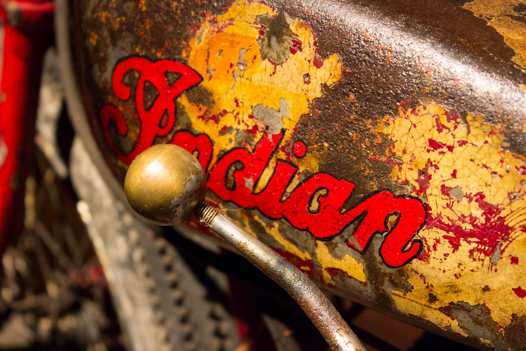 Dodge-hellcat-and-larz-anderson-motorcycles-30