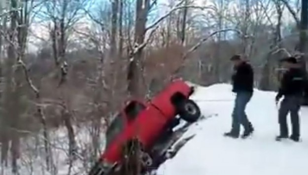 VIDEO: 8 Ways Not to Tow a Car