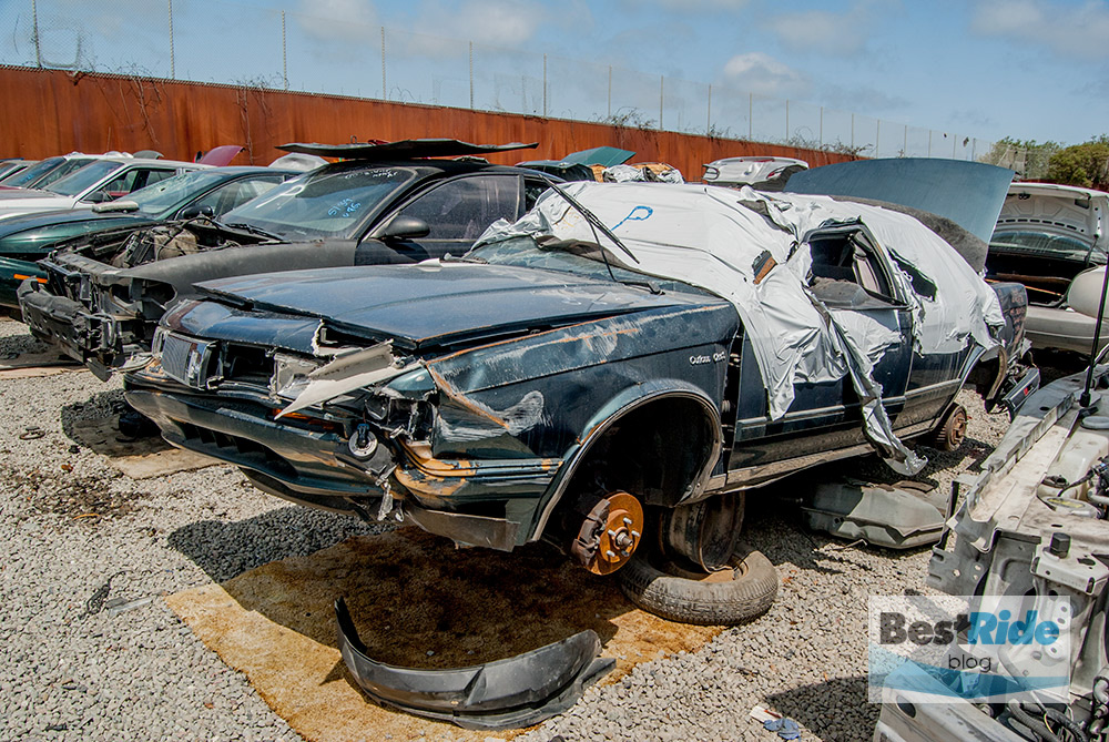 junkyard_pics_accidents_damage-12