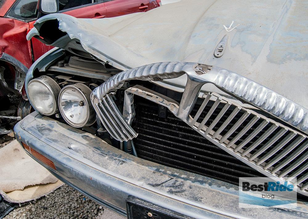 junkyard_pics_accidents_damage-15