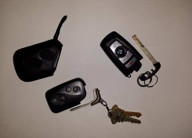 How to Unlock and Start Your Car When the Key Fob is Dead