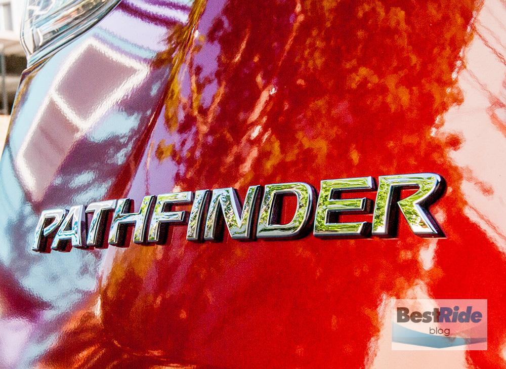 nissan_pathfinder_sl_tech_4x4_1-13