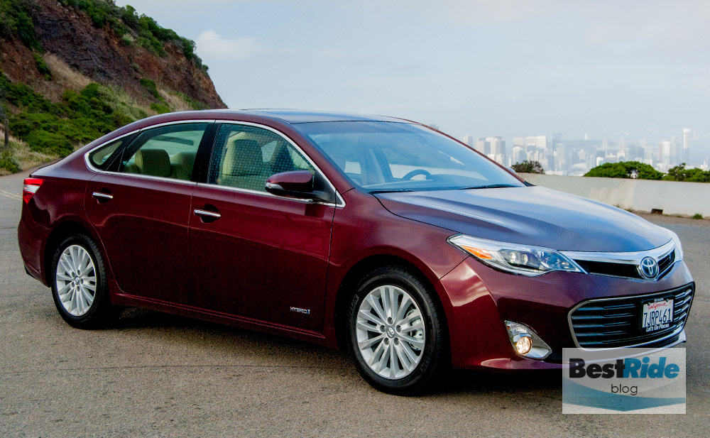 toyota_avalon_hybrid_2015_review_2-3