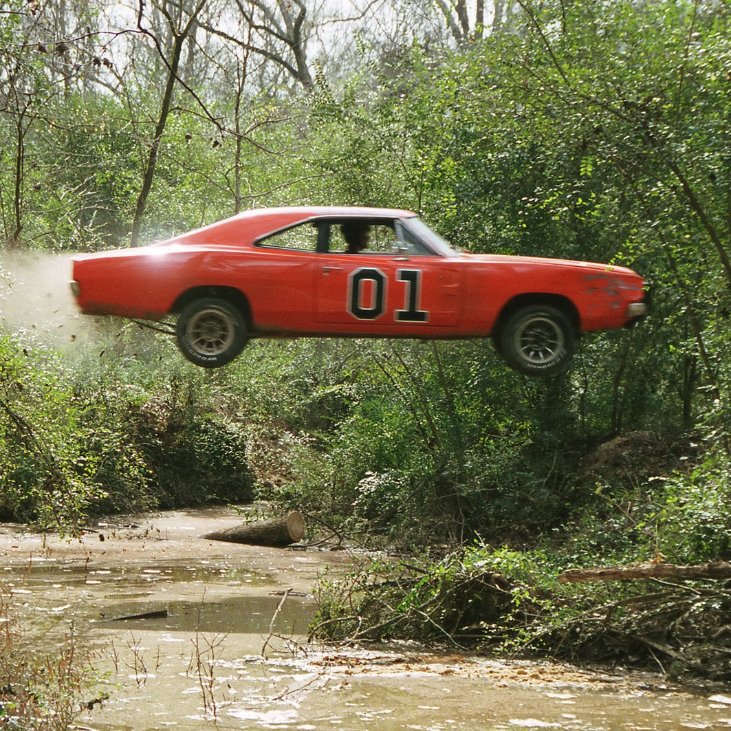 1969-Dodge-Charger-General-Lee-Jump-Swamp-2