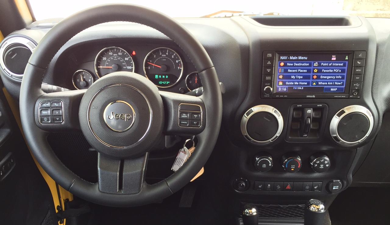 2015 Jeep Wrangler Unlimited Sahara 4x4 Interior