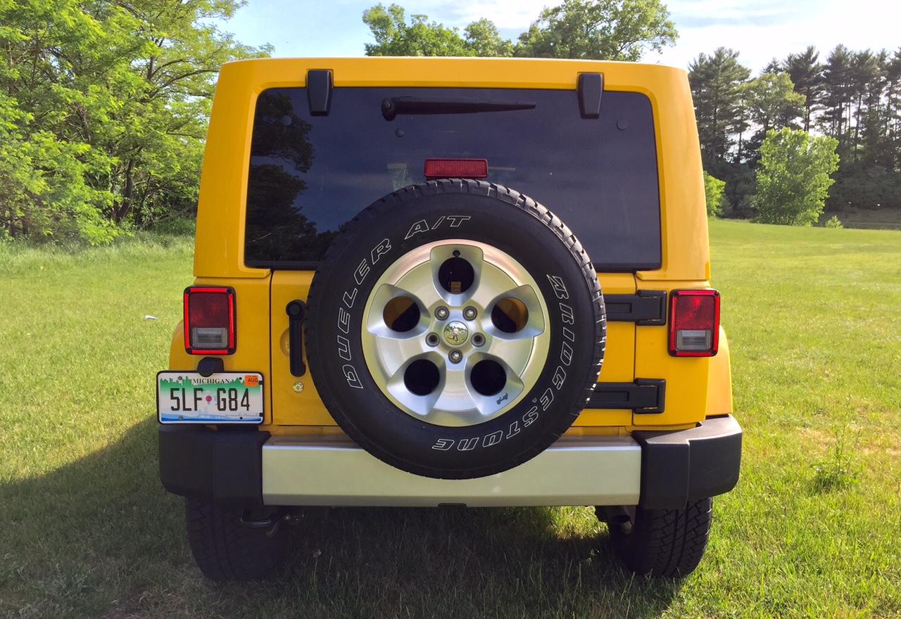 2015 Jeep Wrangler Unlimited Sahara 4x4 Rear