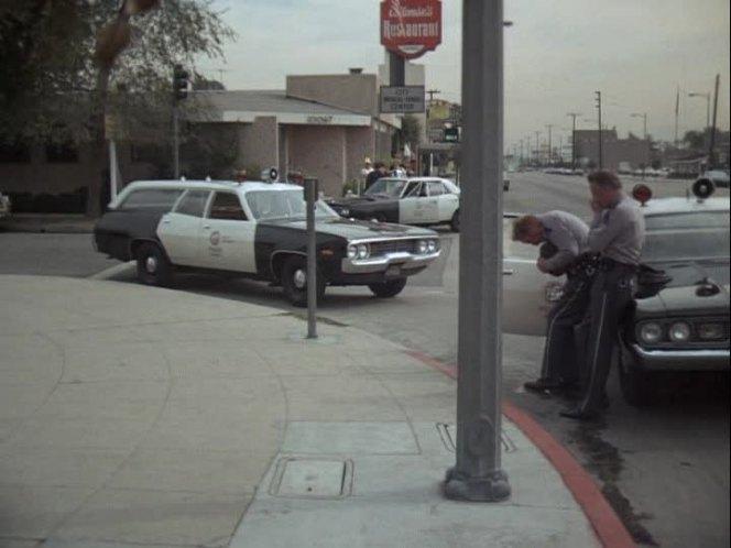 Cop Cars - Adam12 1972 Plymouth Satellite Wagon