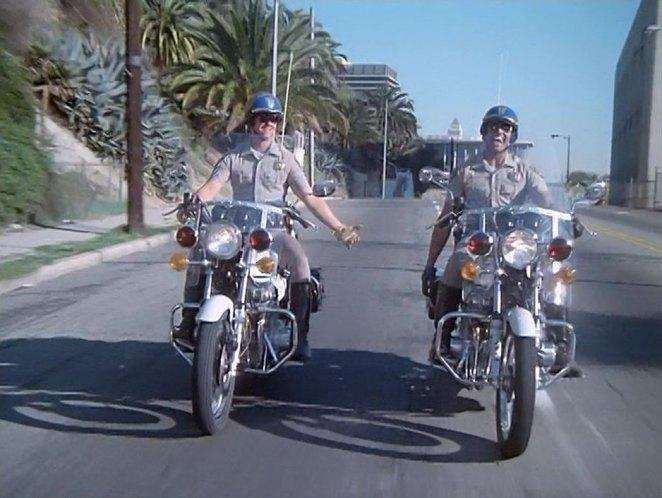 Cop Cars - CHiPs Kawasaki KZ900 Police