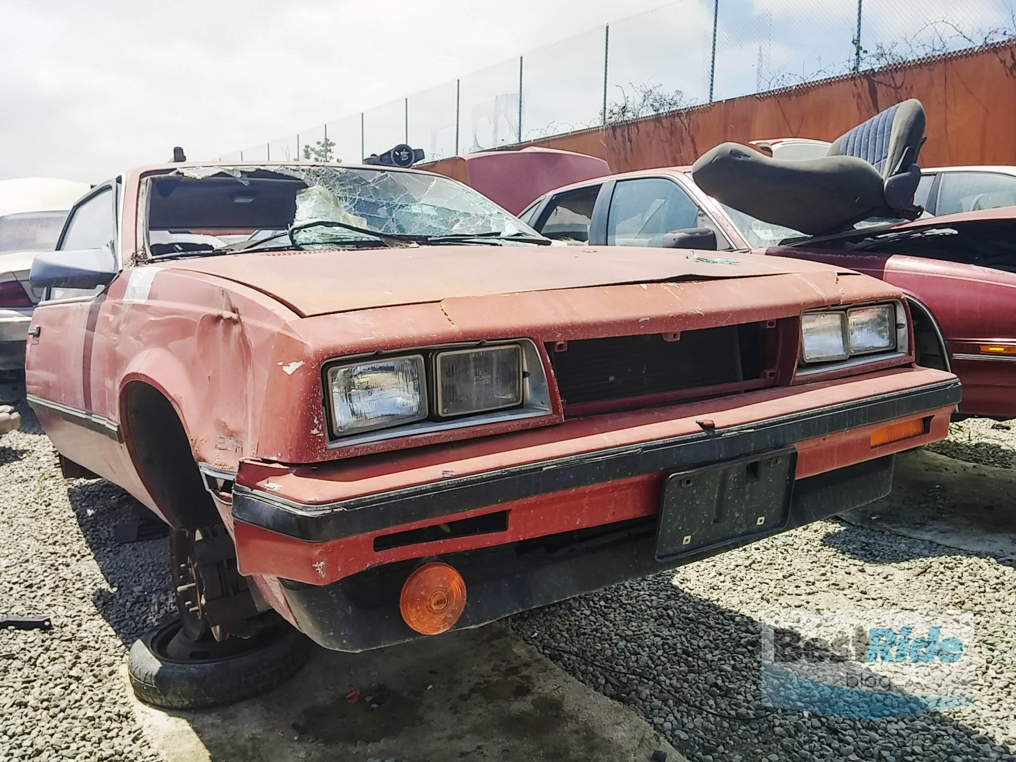 chevrolet_cavalier_hatchback_junkyard_br-11