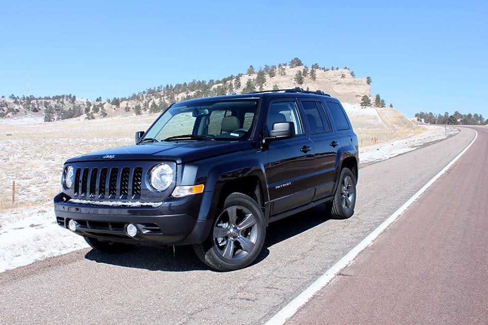 2015 jeep patriot unique surprisingly off road capable. Black Bedroom Furniture Sets. Home Design Ideas