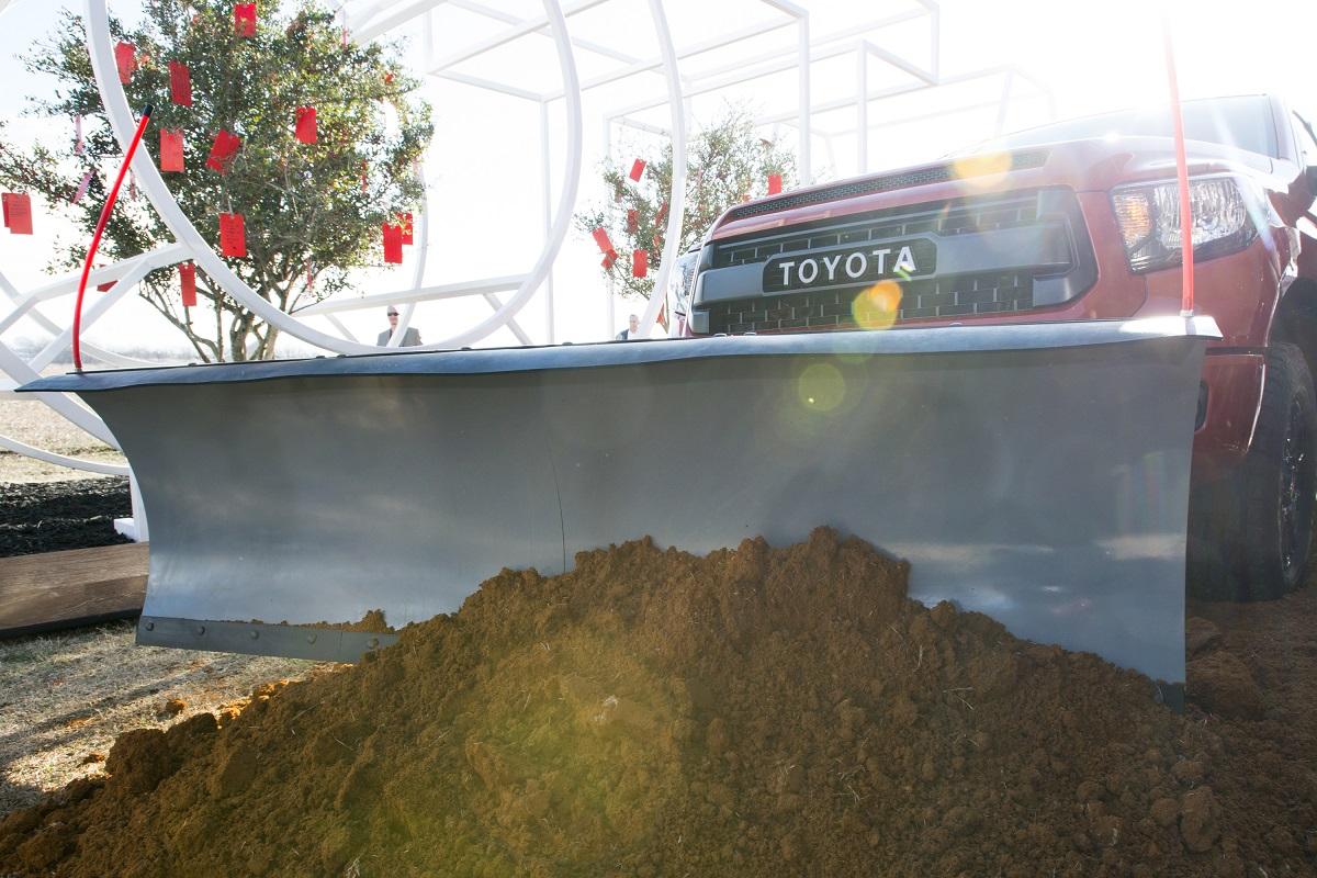 Toyota moves jobs to Texas