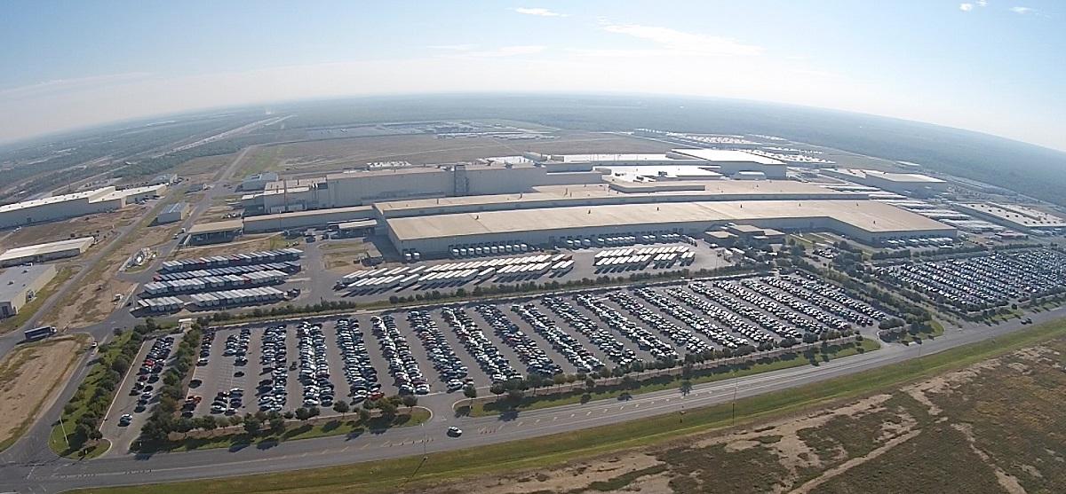 Toyota moves to texas
