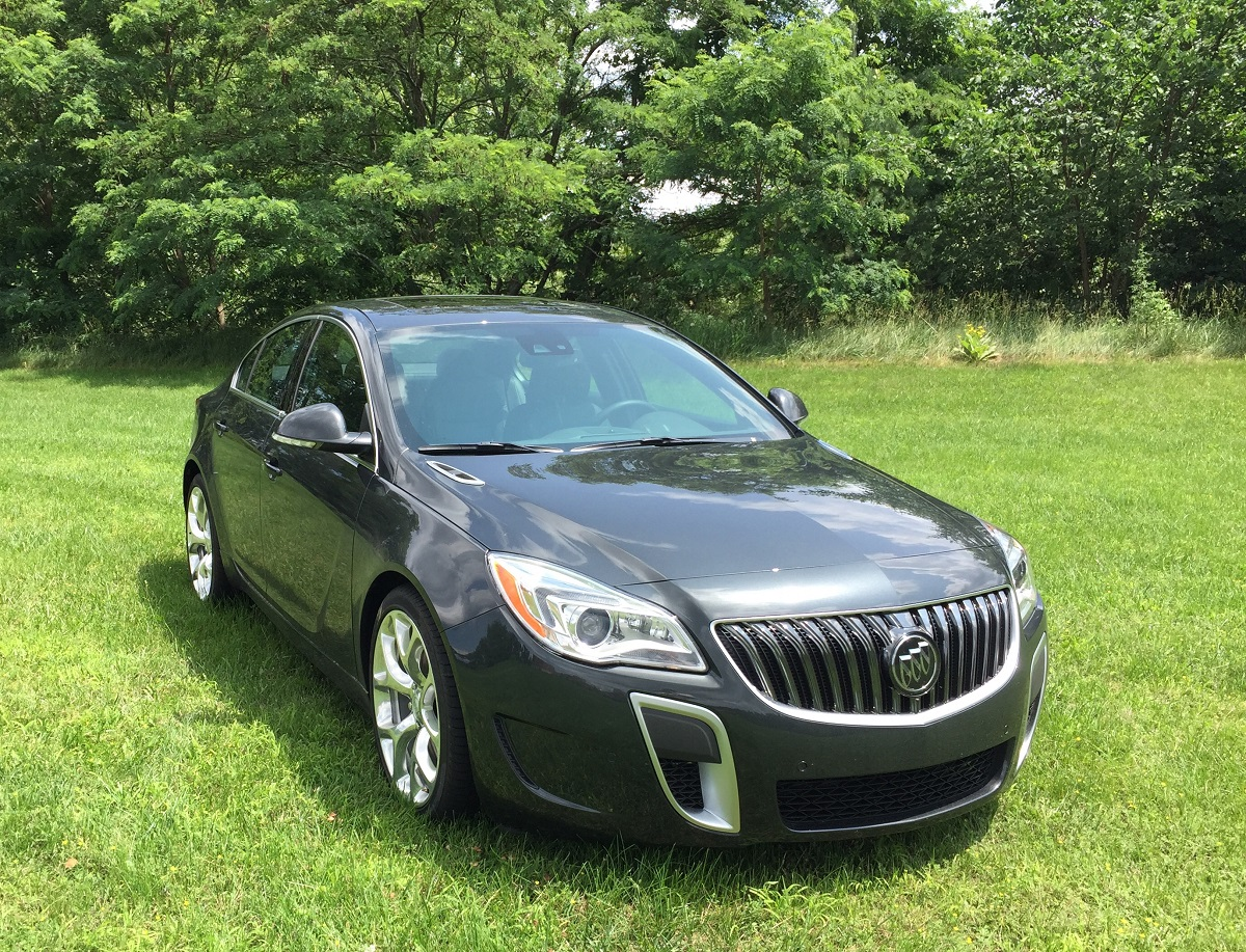 2015 Buick Regal Front