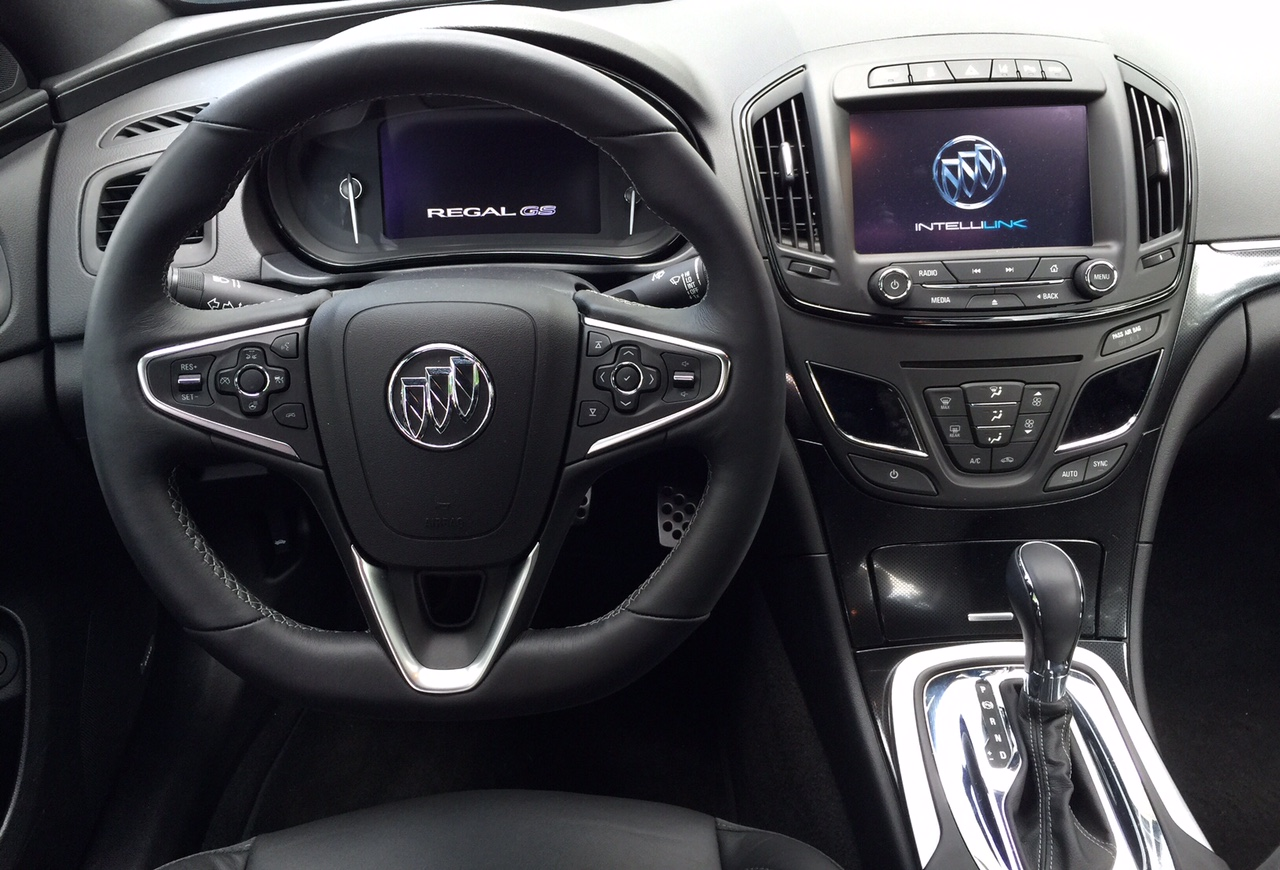 2015 Buick Regal GS Dash