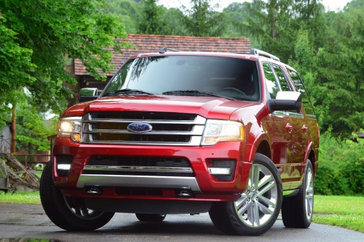 2015 Ford Expedition Platinum Press Photo 001