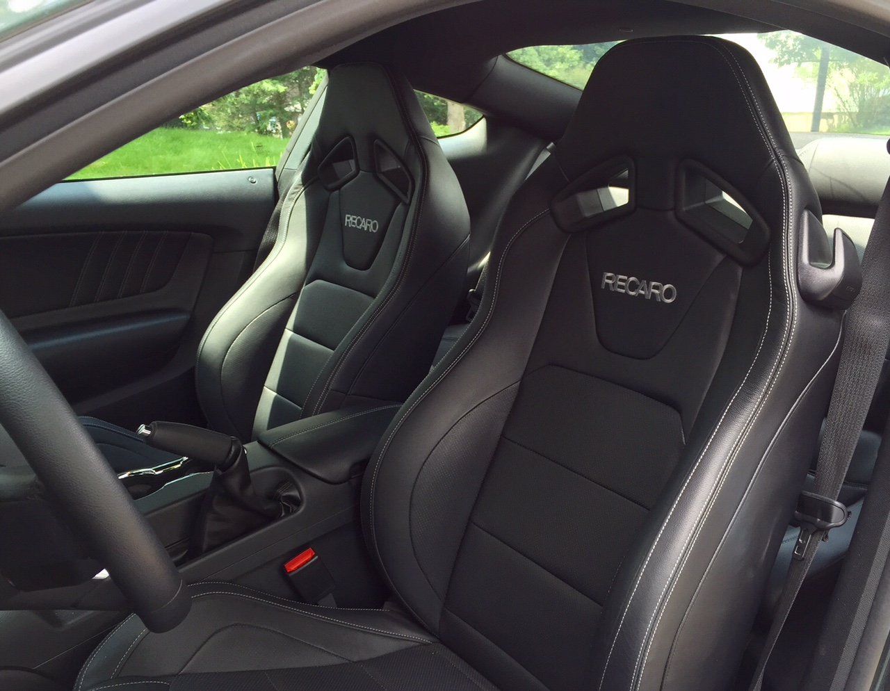 2015 Ford Mustang Seats