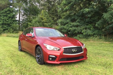 REVIEW: 2015 Infiniti Q50S Sports Sedan is Best of Both Worlds