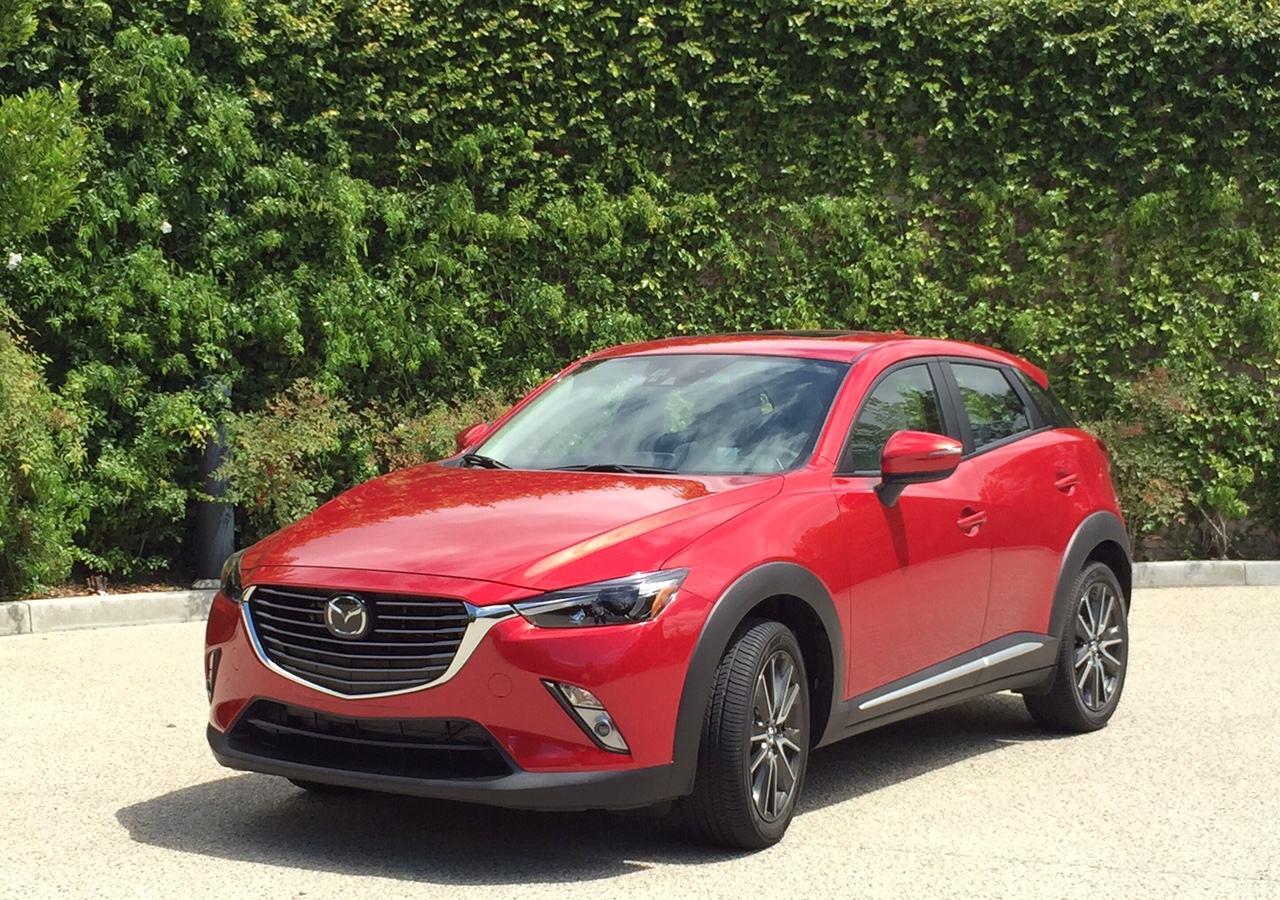 2016 mazda cx 3 first drive a small crossover that makes. Black Bedroom Furniture Sets. Home Design Ideas