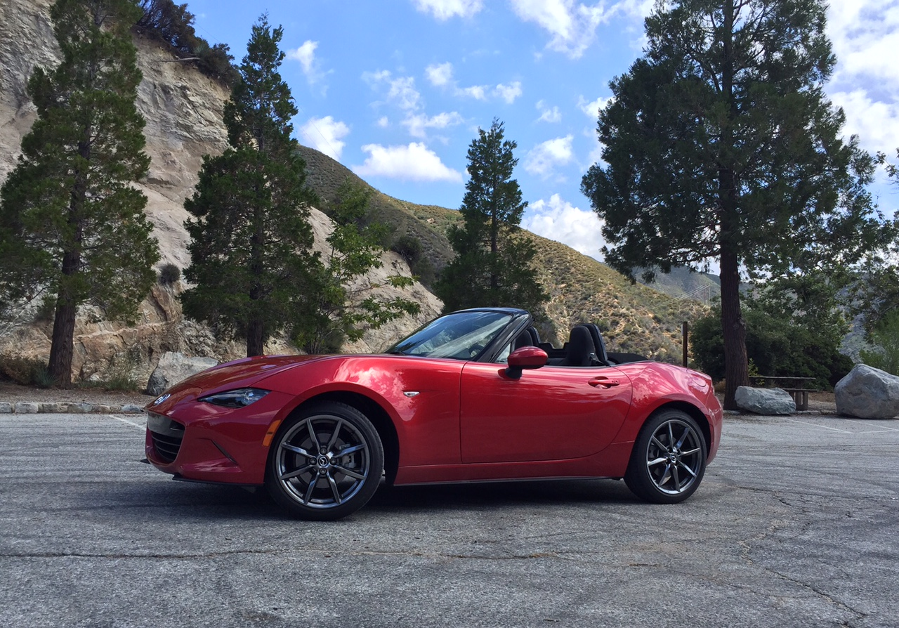 2016 mazda mx 5 miata first drive the iconic roadster is. Black Bedroom Furniture Sets. Home Design Ideas