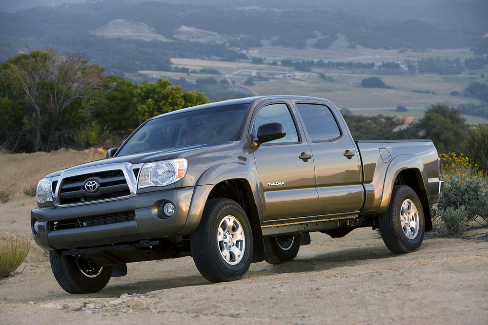 PREVIEW: 2016 Toyota Tacoma - The Off-Road Choice in Mid-Size ...