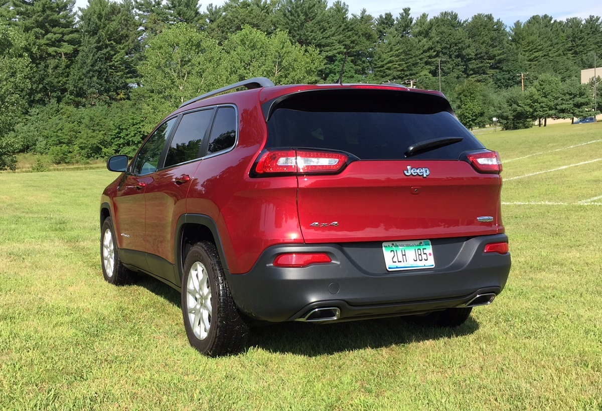 2015 Jeep Cherokee Latitude Rear