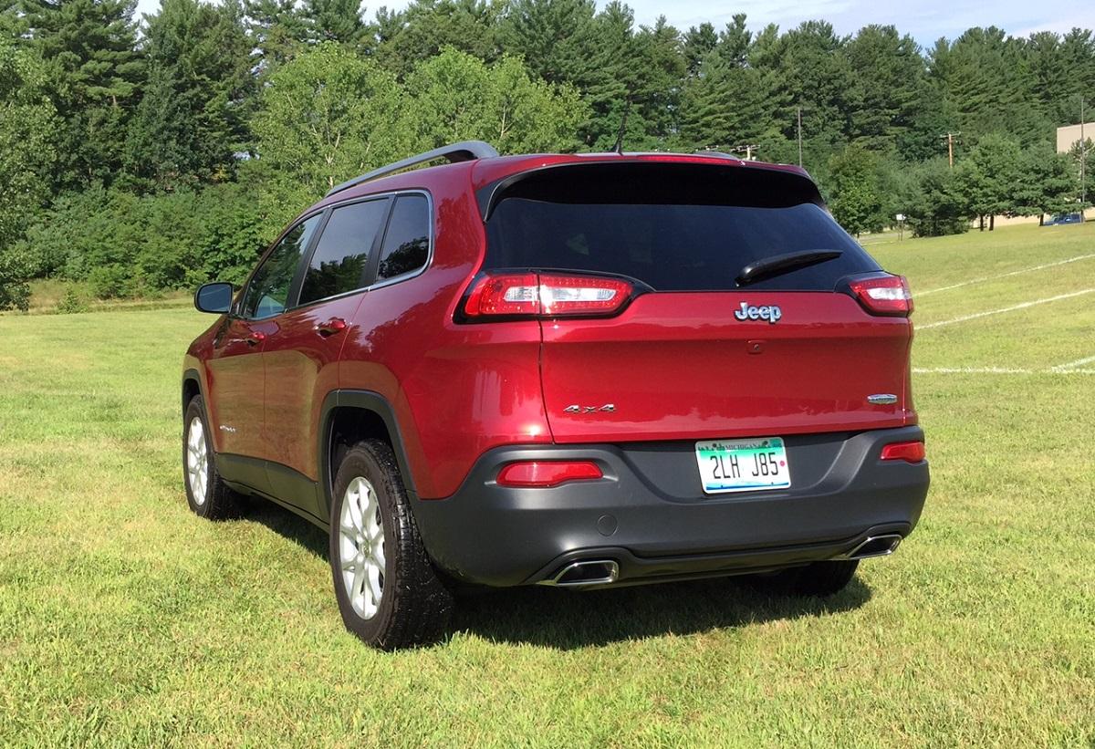 2015 Jeep Cherokee Latitude Rear