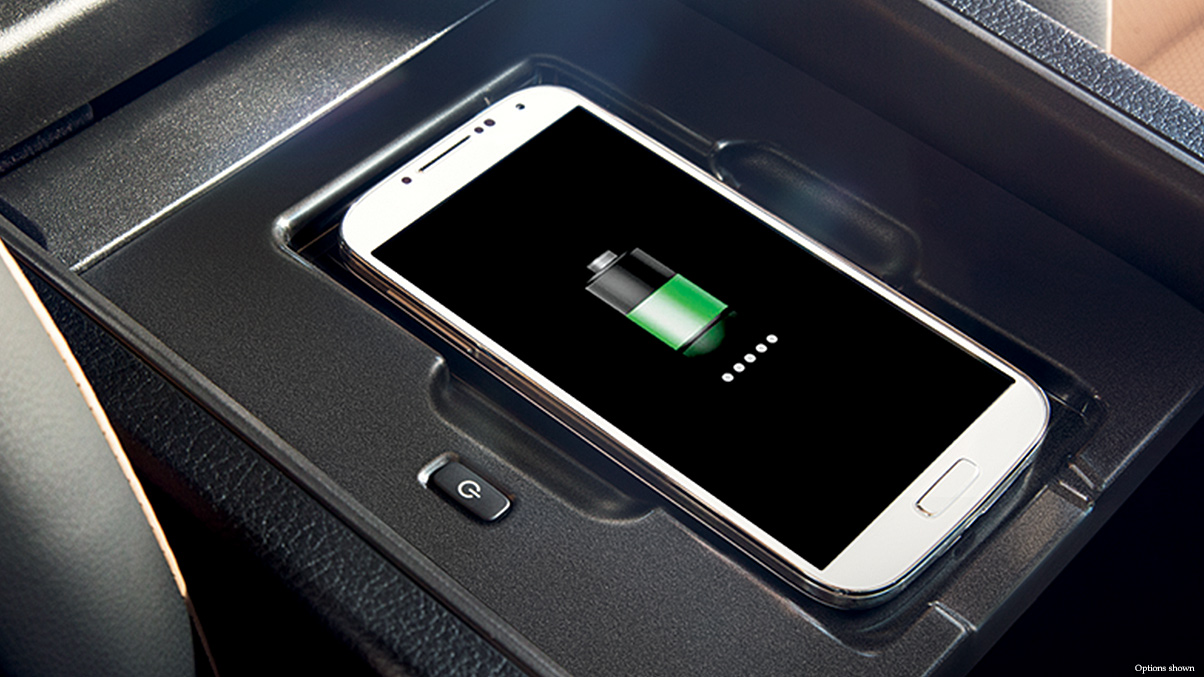 Iphone wireless charging with magnetic car mount 3