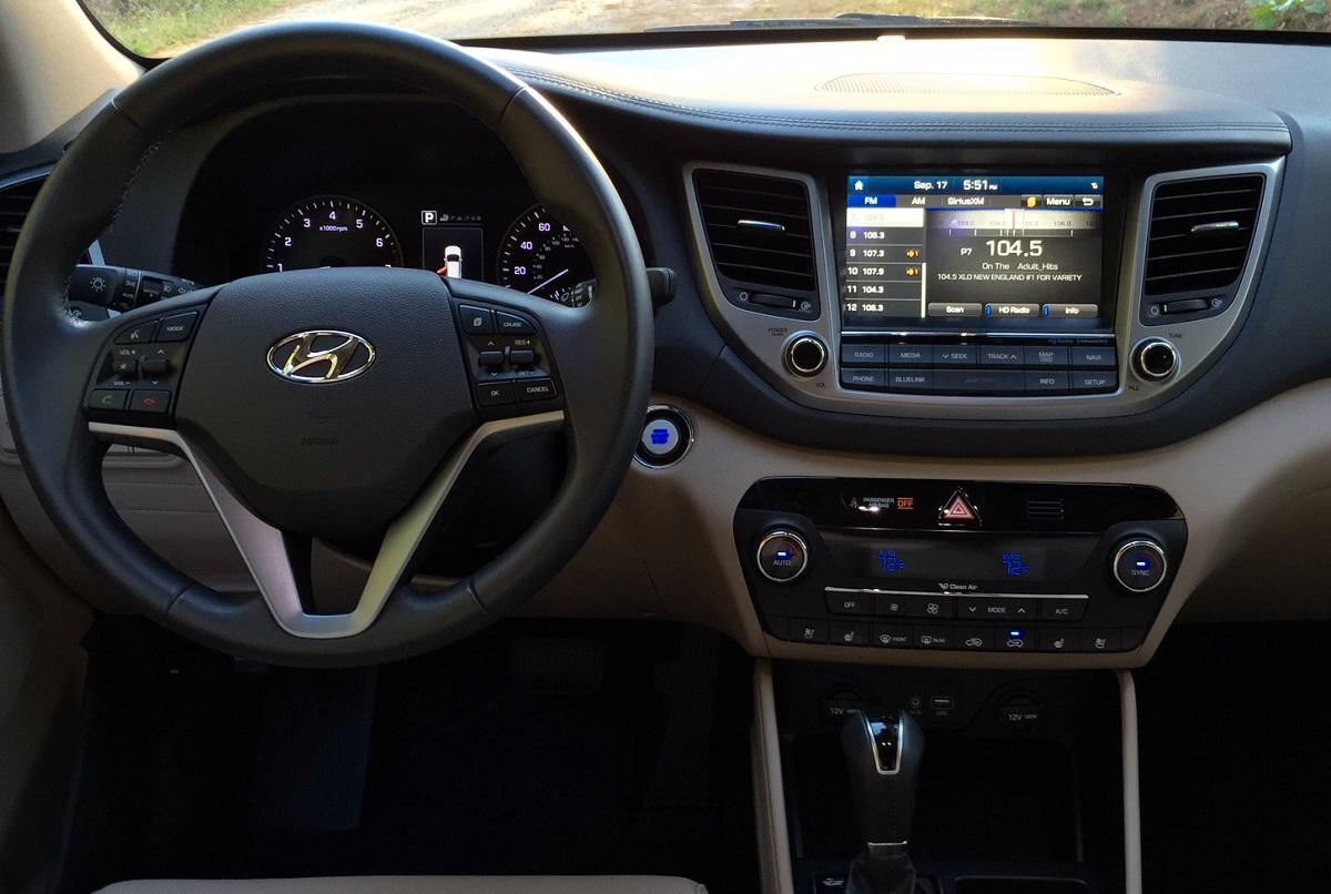 2016 Hyundai Tuscon Dash