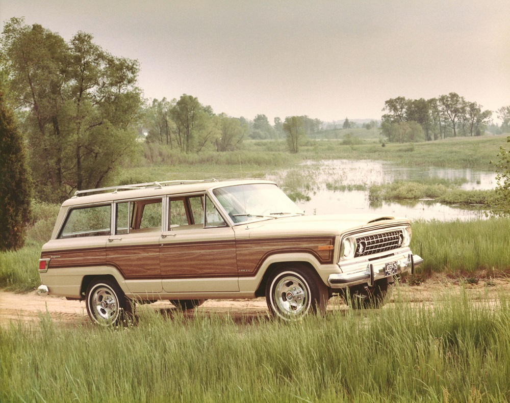 Jeep Wagoneer - 1975 full wood